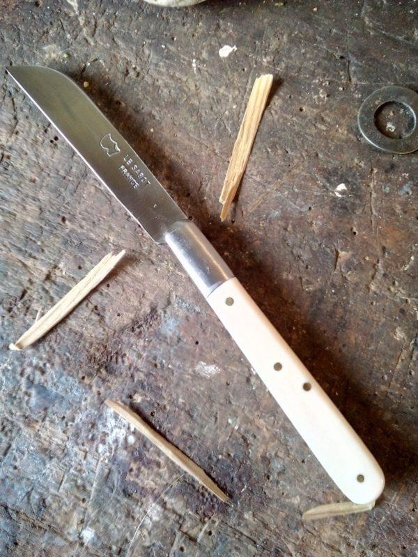 Couteau le langres blancs