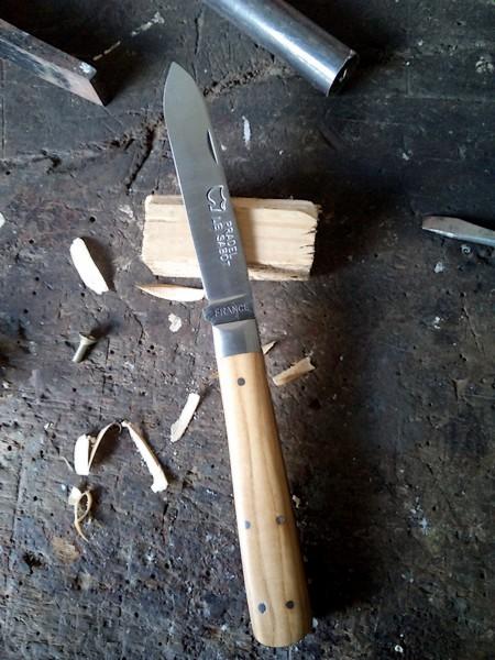 Canifs et Couteaux Pradel manche Olivier Bretagne
